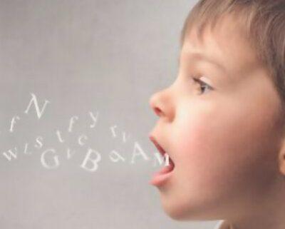 لکنت زبان چیست و چگونه باید آن را درمان کرد؟