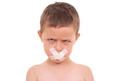 علت لکنت زبان از کودکی چیست؟