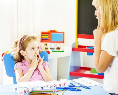 درمان تاخیر در گفتار